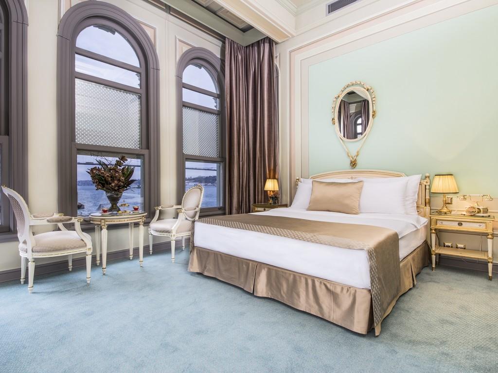 Bosphorus Superior Room