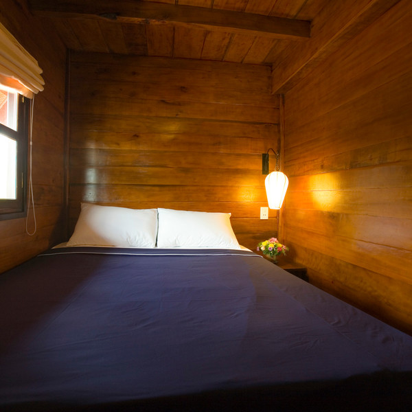 Double-bedded cabin along Can Tho - Cai Be